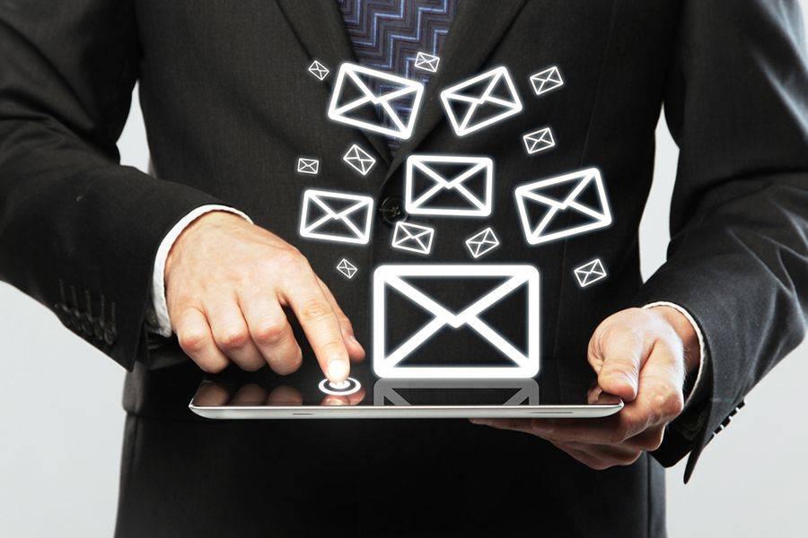 Un alias email è  un indirizzo email alternativo che rimanda a un indirizzo email esistente, è in poche parole un -soprannome- della casella di posta principale.