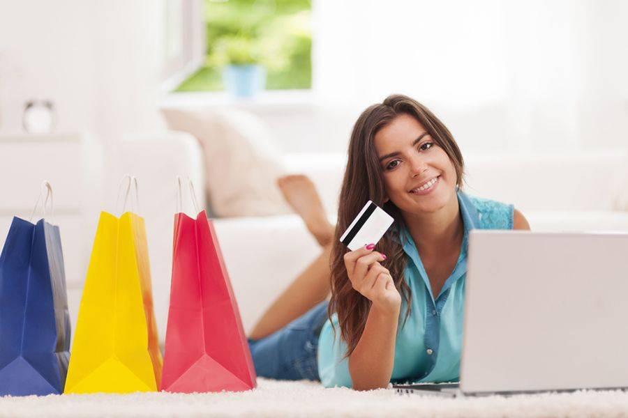 Nel 2015 il valore degli acquisti online di prodotti di cosmetica è cresciuto del 22% per un valore di 170 milioni di euro, rispetto ai 144 del 2014.