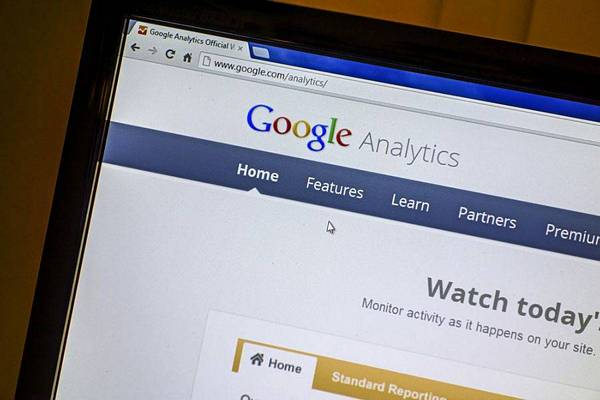 Dimensioni e  metriche di Google Analytics