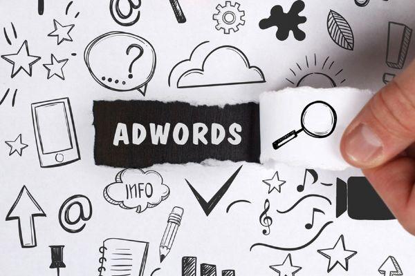 L'evoluzione grafica degli annunci sponsorizzati Google AdWords
