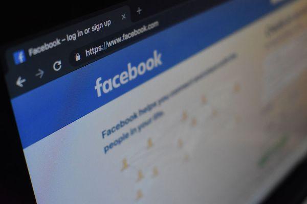 10 Buoni motivi per investire su Facebook